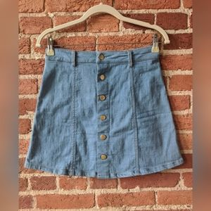 The Impeccable Pig Mini Jean Skirt w Buttons sz M